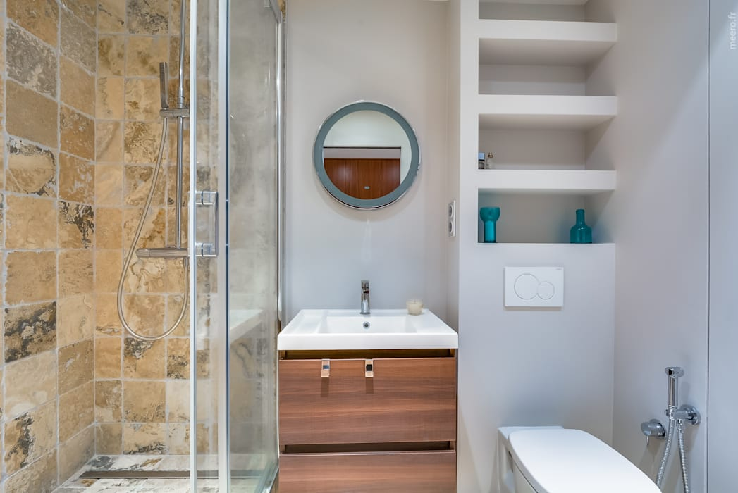 Modern style bathrooms by blackStones Modern