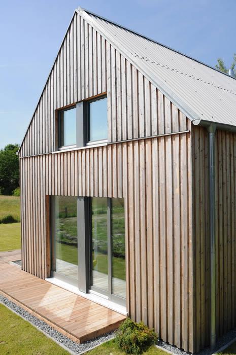 Giebelansicht Moderne Häuser von JEBENS SCHOOF ARCHITEKTEN Modern