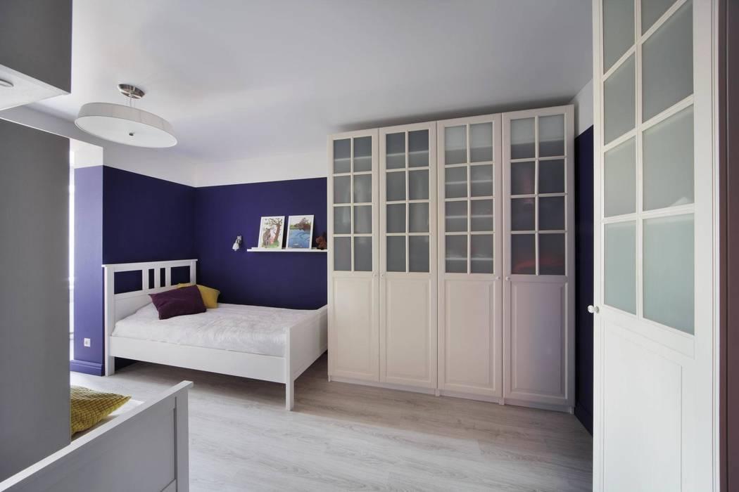 Комната дочек: Детские комнаты в . Автор – Студия дизайна интерьера 'Градиз', Модерн