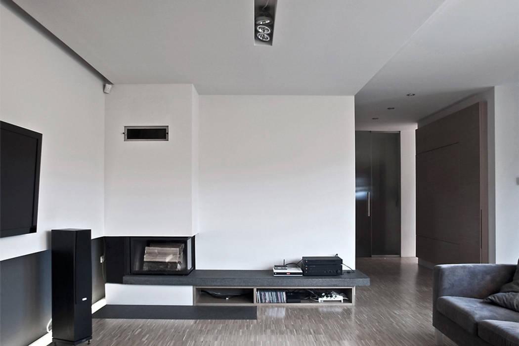 Moderne Wohnzimmer von Konrad Idaszewski Architekt Modern