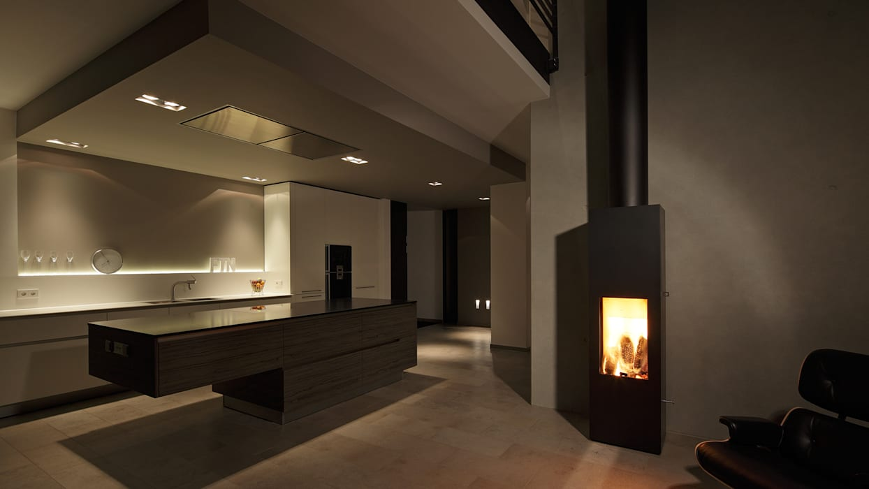 Cocinas de estilo moderno de wirges-klein architekten Moderno