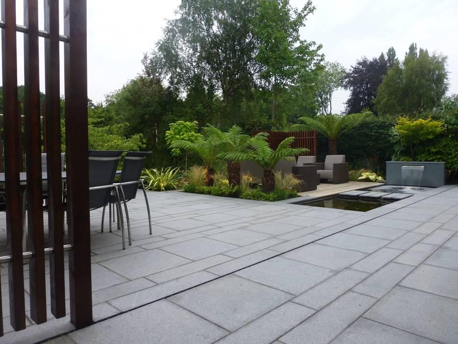 New Granite Terrace with Pool:  Garden by Garden Arts
