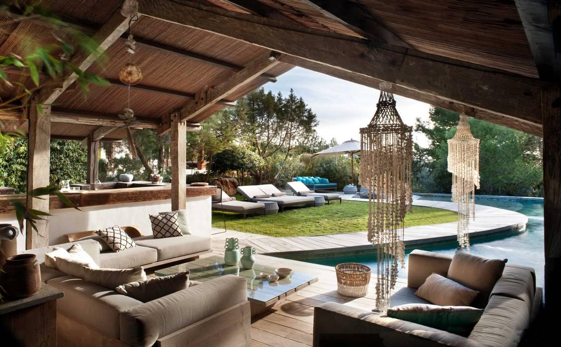 Pool House Mediterranean style pool by TG Studio Mediterranean