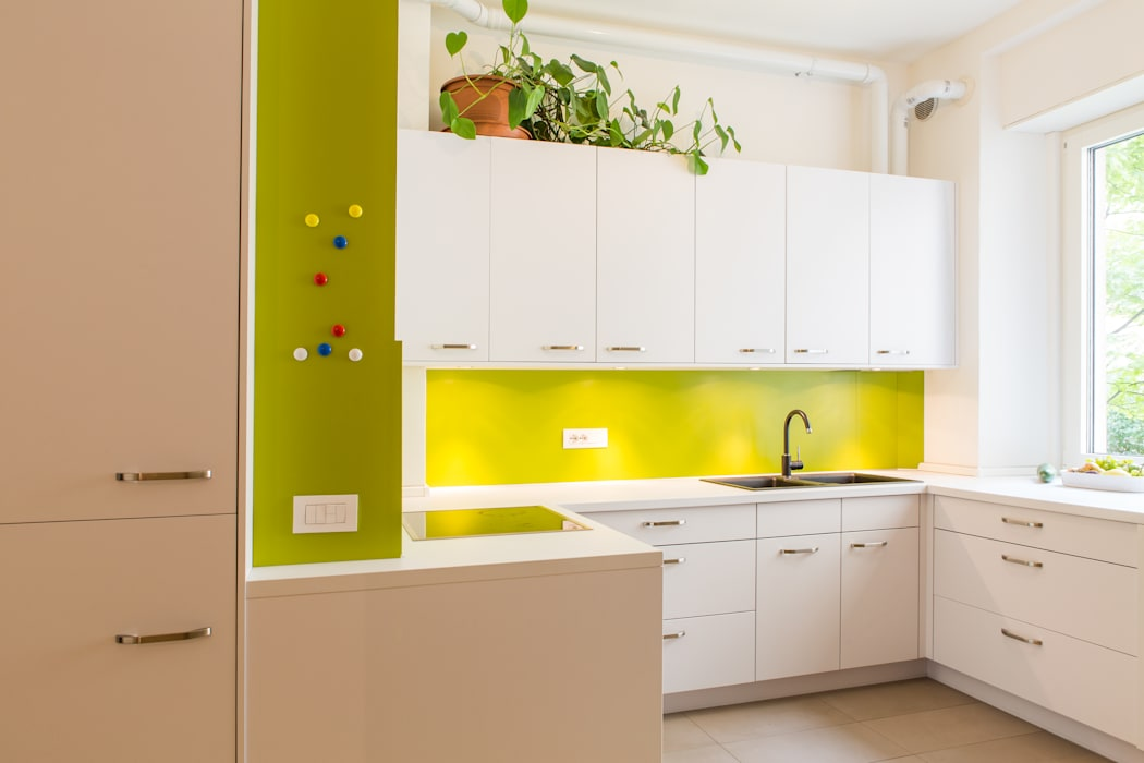 Kitchen by Manuel Benedikter Architekt, Modern