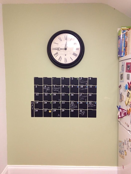 Chalkboard Calendar Wall Sticker Cuisine moderne par homify Moderne