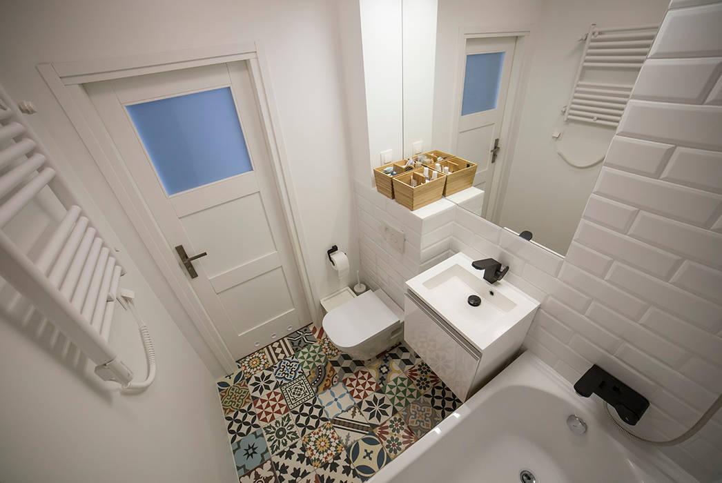 Baños de estilo escandinavo de Och_Ach_Concept Escandinavo