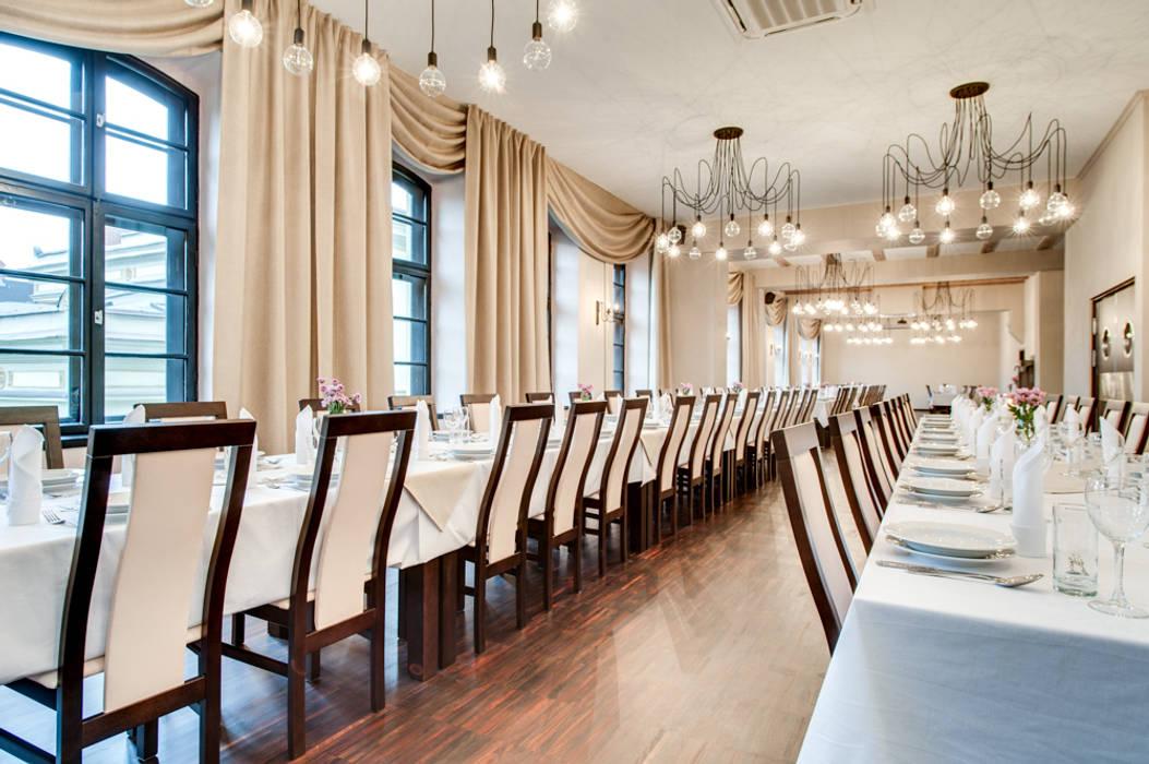 Lampa MULTIcable w grępielnia reastauracja i apartamenty: styl , w kategorii Gastronomia zaprojektowany przez CablePower