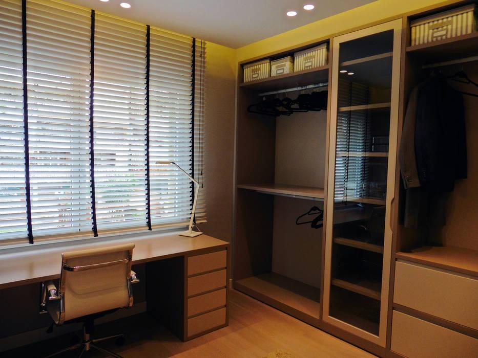 Vestidor despacho se or vestidores de estilo de lf24 - Despacho arquitectura barcelona ...