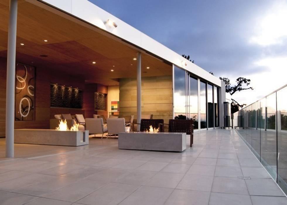 EcoSmart Fire kominki ekologiczne z Australii ilumia.pl Nowoczesny balkon, taras i weranda