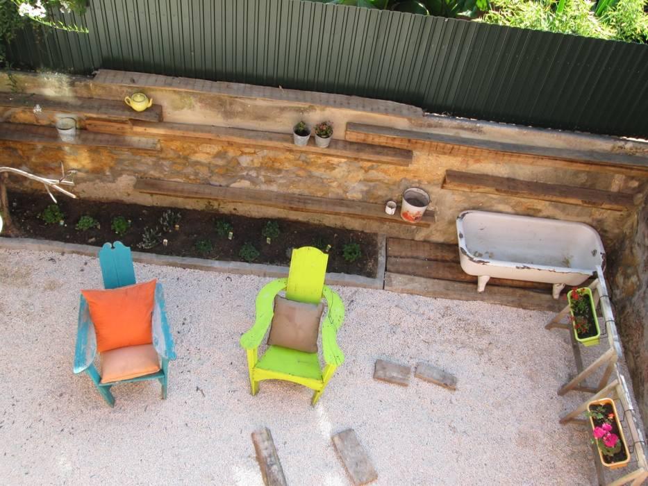 Jardim piso terreo - Prédio Rústico em Carcavelos - Lisboa Jardins minimalistas por adoroaminhacasa Minimalista
