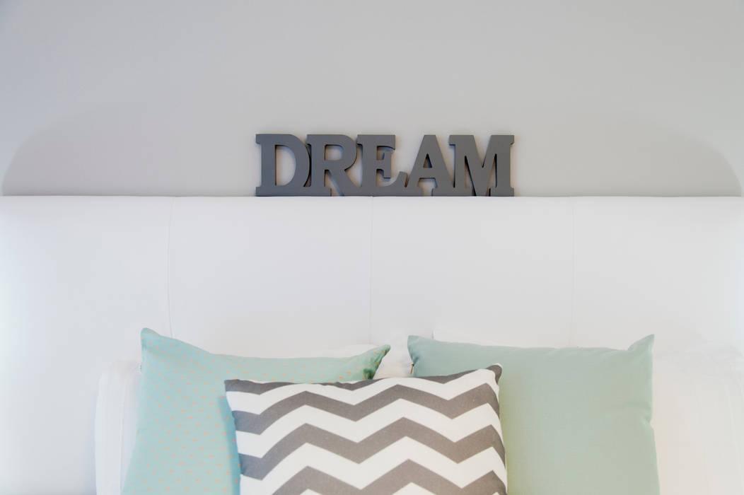 Global Projects Scandinavian style bedroom