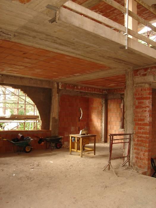 Dining room by FASE ARCHITETTI ASSOCIATI