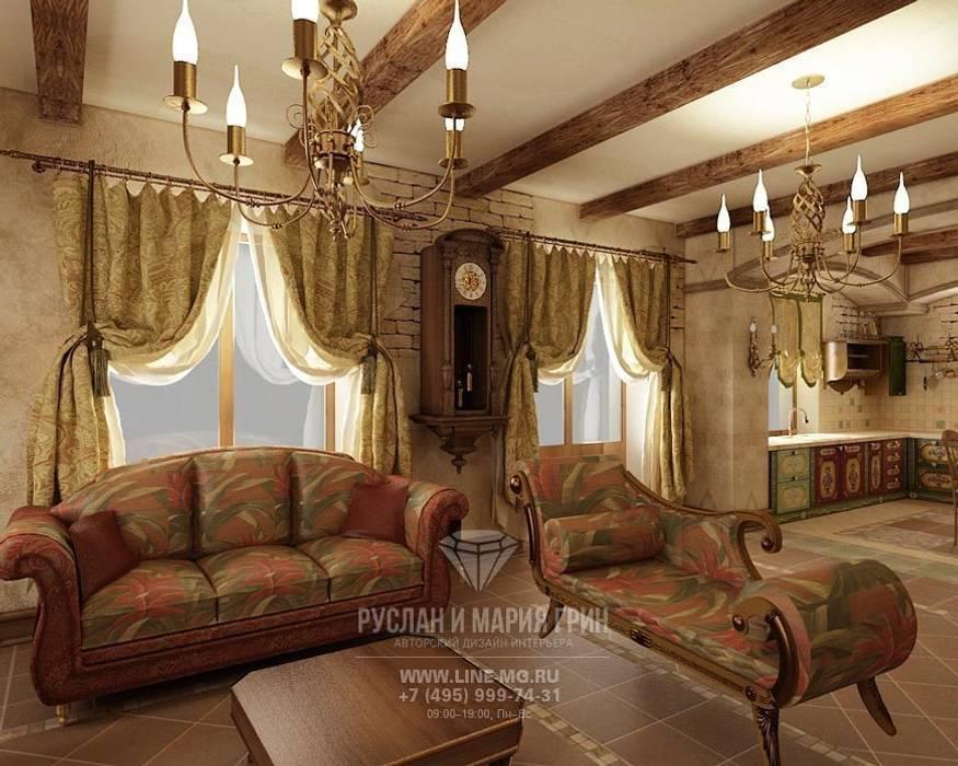 Интерьер гостиной в дизайне дома из бруса: Гостиная в . Автор – Студия дизайна интерьера Руслана и Марии Грин