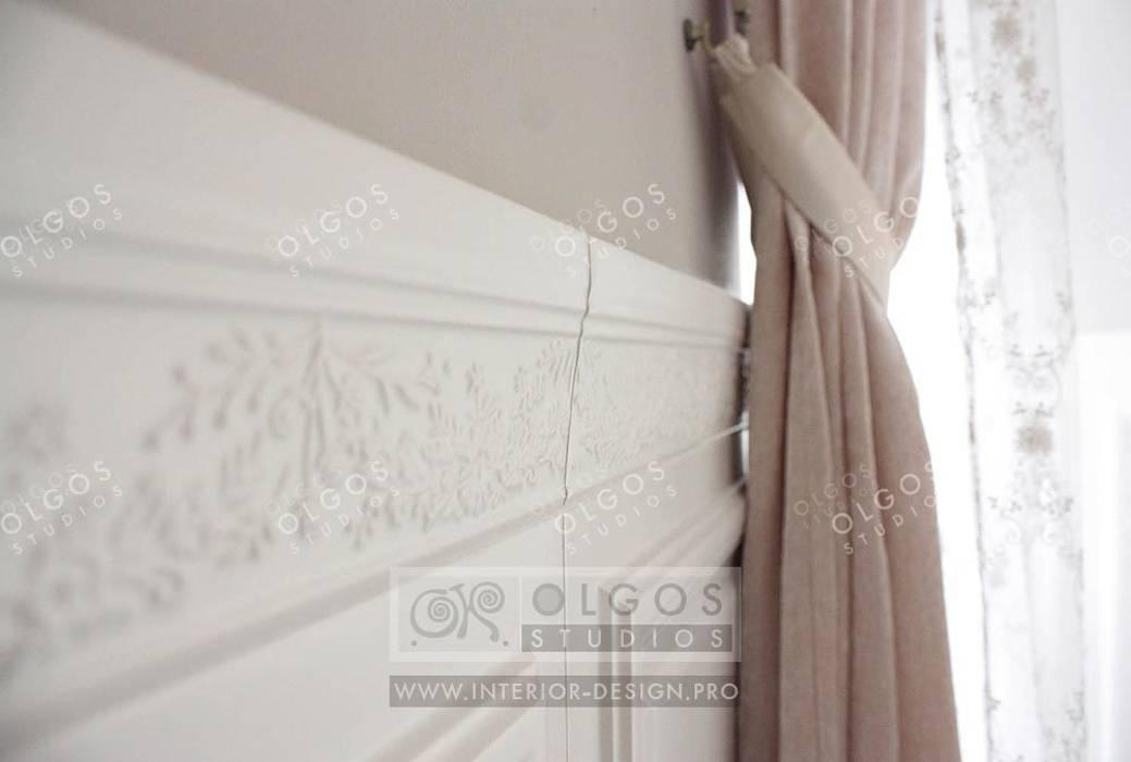 Оформление стен в интерьере дома: Стены в . Автор – Дизайн студия Ольги Кондратовой