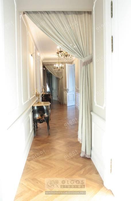 Декорирование коридора в дизайне дома : Коридор и прихожая в . Автор – Дизайн студия Ольги Кондратовой