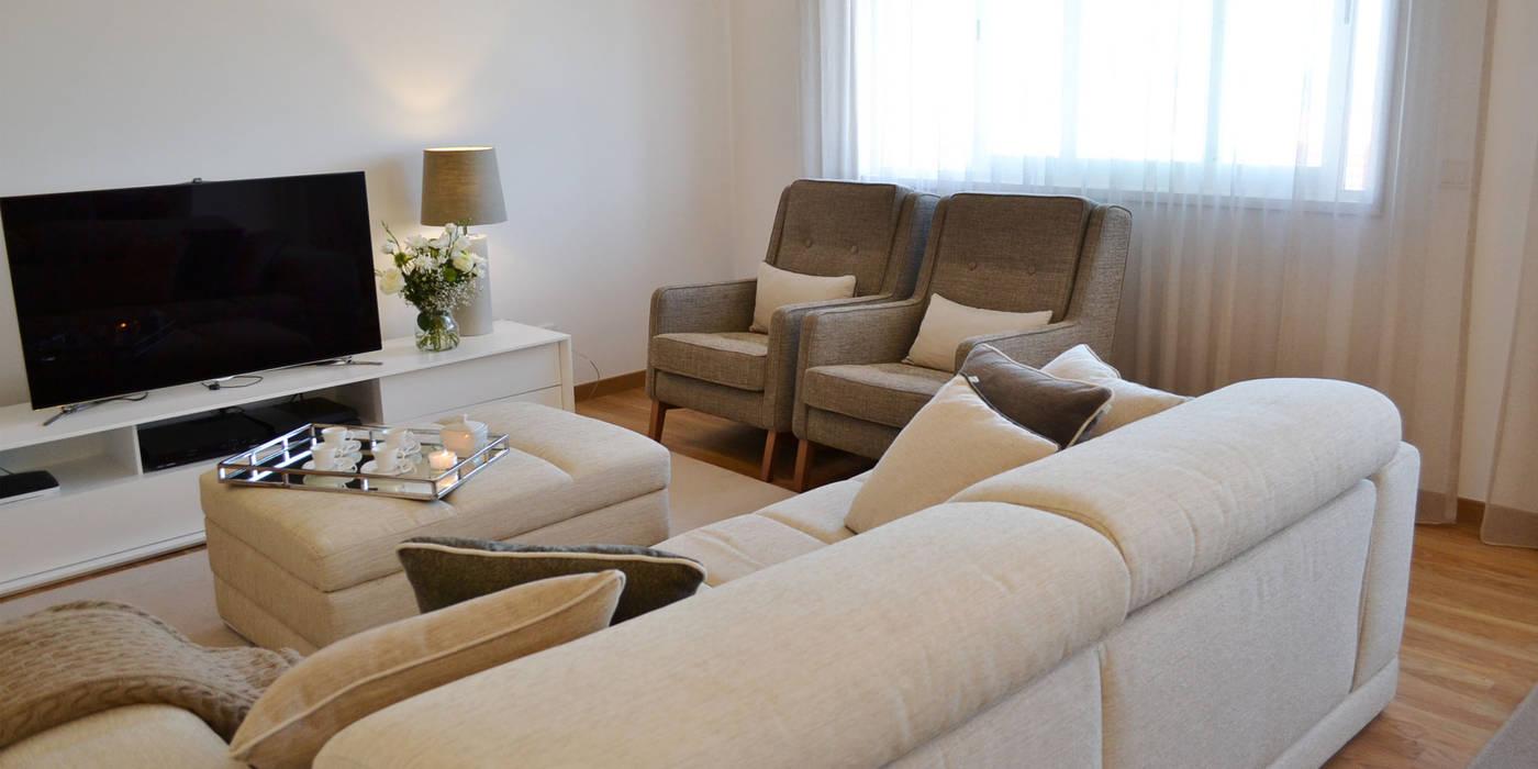 Eklektyczny salon od T2 Arquitectura & Interiores Eklektyczny