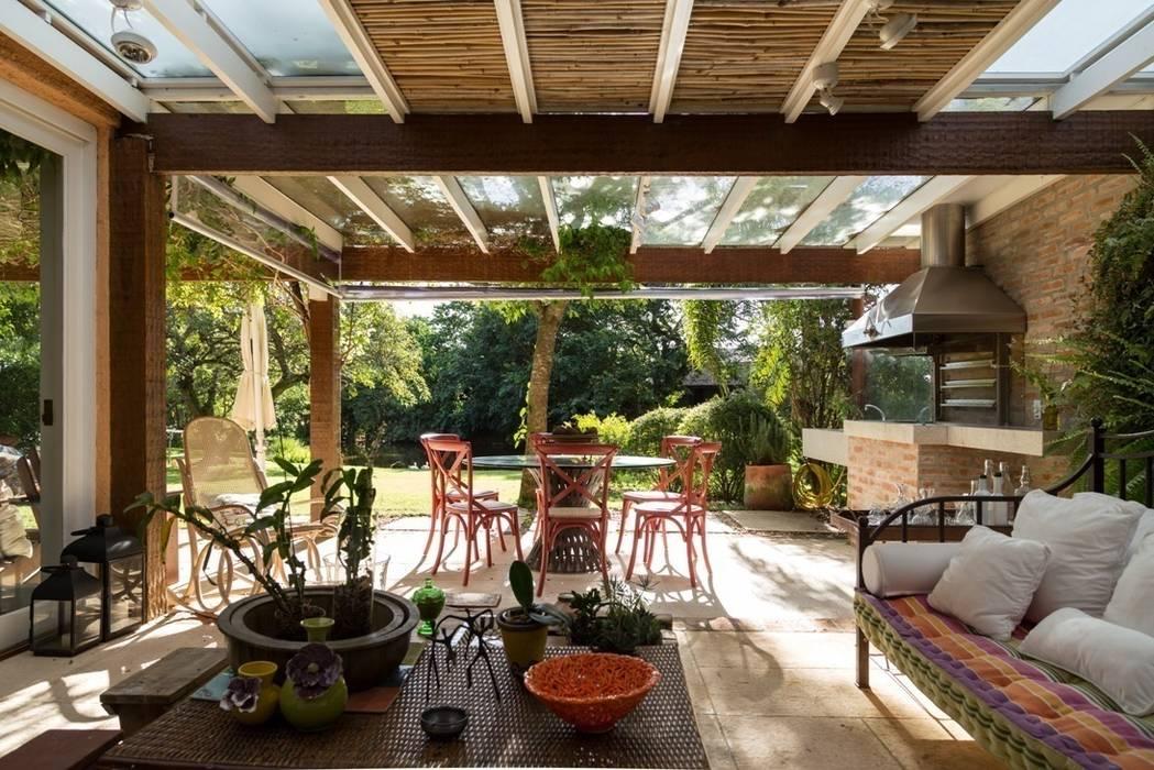 Modern Terrace by Kali Arquitetura Modern