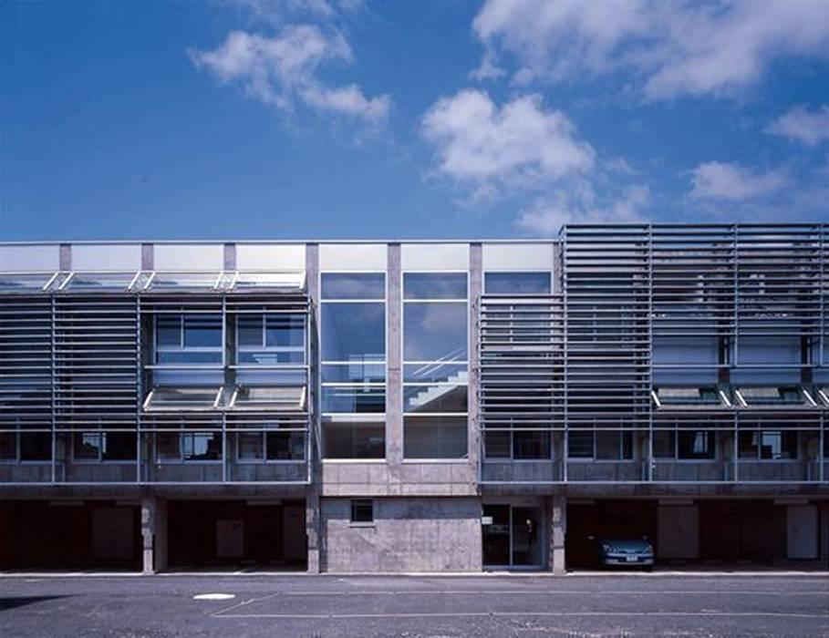 正面: 株式会社ヨシダデザインワークショップが手掛けた家です。