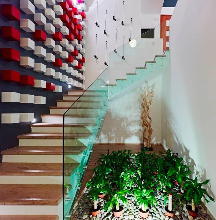 Hành lang theo Excelencia en Diseño, Hiện đại