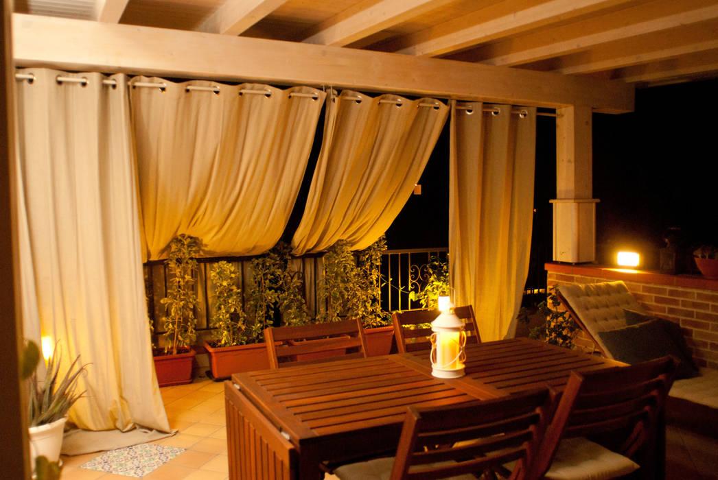 terrazzo | dopo Balcone, Veranda & Terrazza in stile mediterraneo di francesca ravidà architetto | interior designer Mediterraneo
