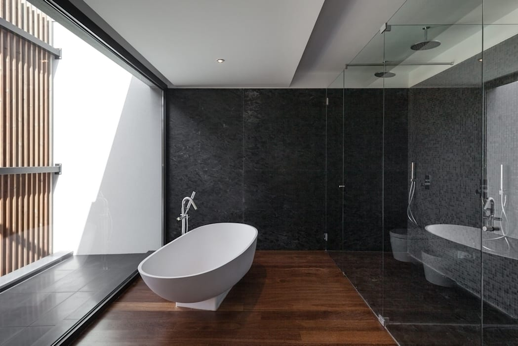 minimalistic Bathroom by Estúdio Urbano Arquitectos