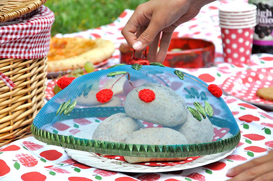 Picnic Crochet Food Cover de Dotcomgiftshop Rural
