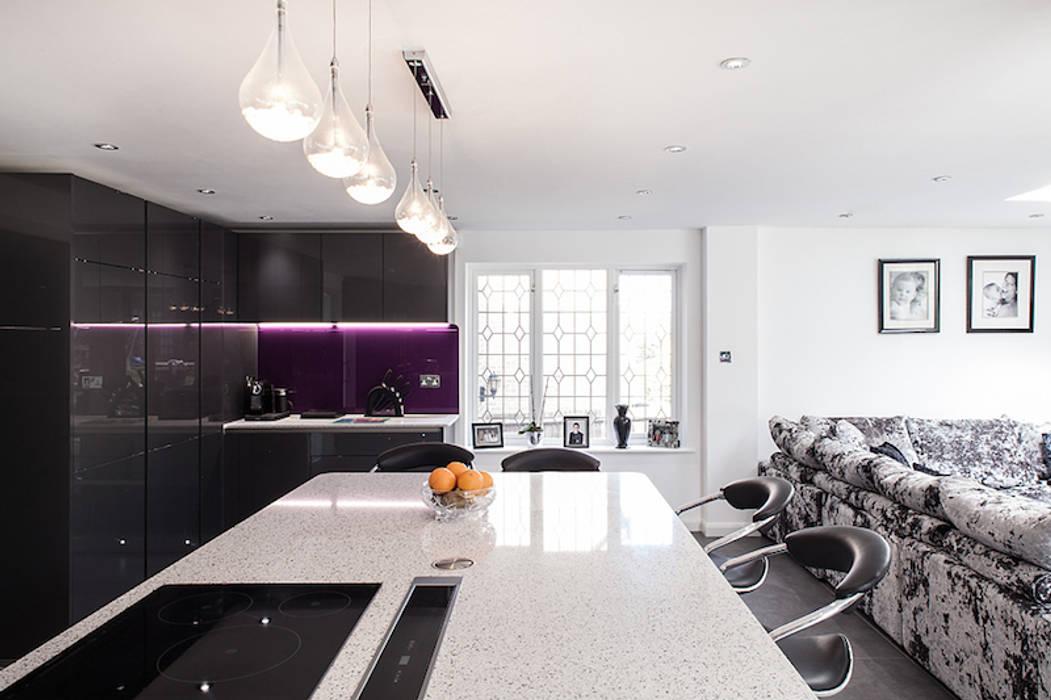 Essex Glamour Nic Antony Architects Ltd Modern kitchen