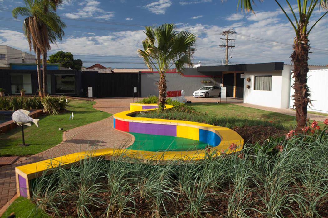 Jardim das Cores Jardins modernos por Adines Ferreira Paisagismo Moderno