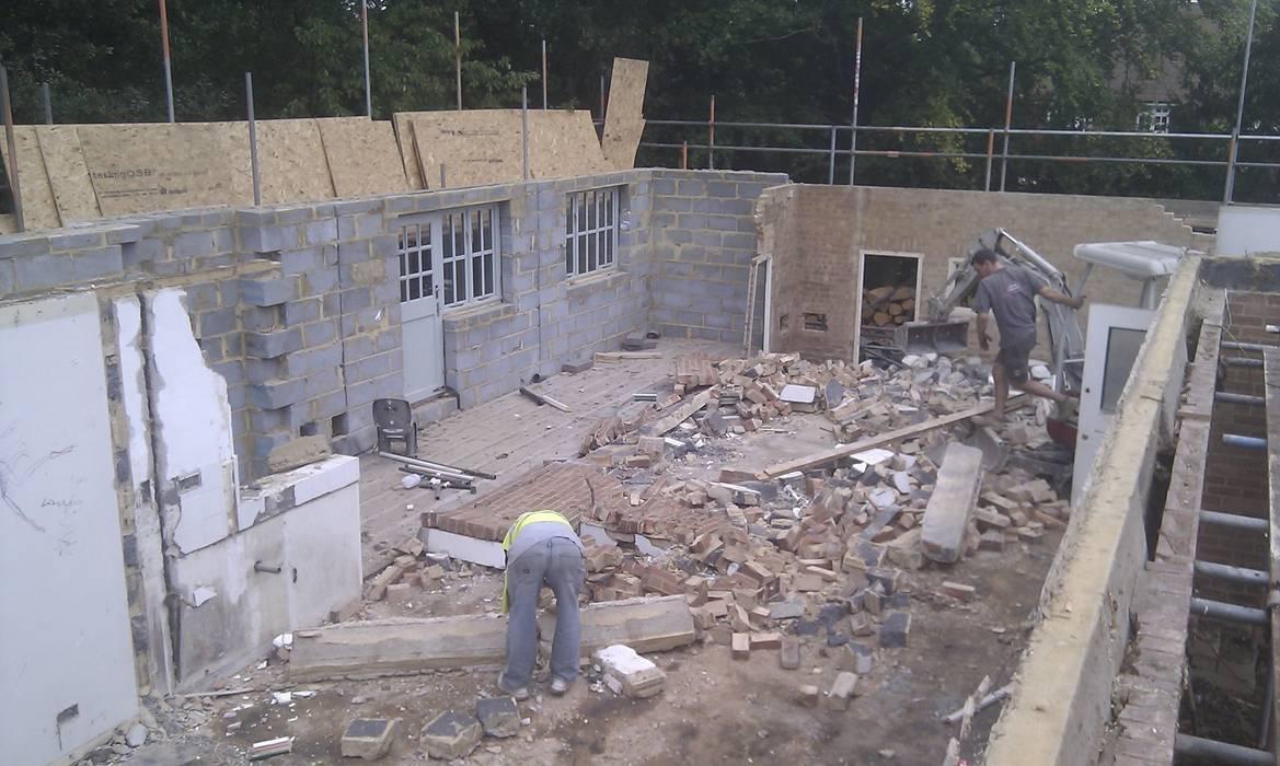 в современный. Автор – Citi Construction & Developments Ltd, Модерн