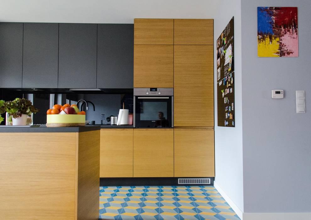 between big cities Cocinas de estilo escandinavo de Studio Malina Escandinavo