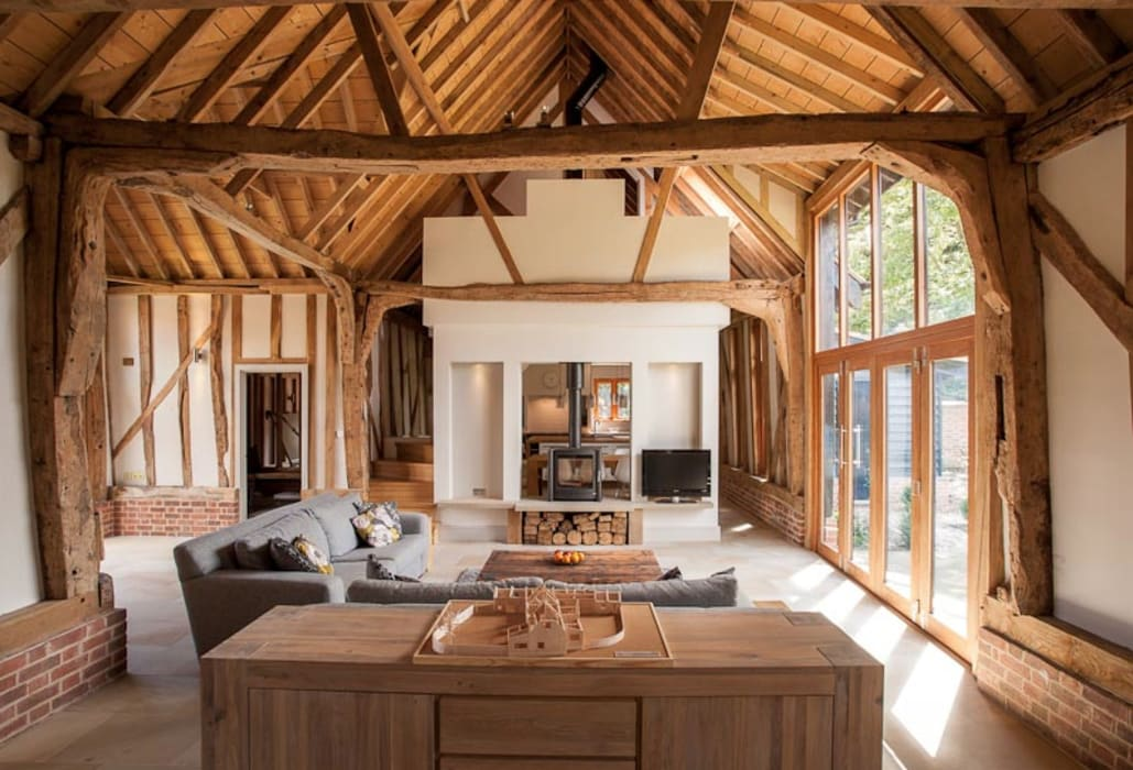Main 17th Century Barn Space Country style living room by Beech Architects Country