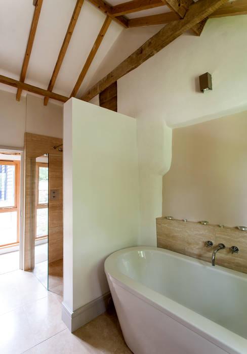 Baños de estilo  de Beech Architects, Rural