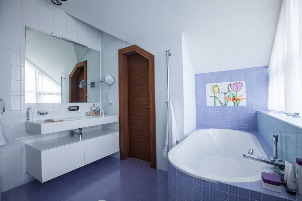Ванная комната Ванная в классическом стиле от Технологии дизайна Классический