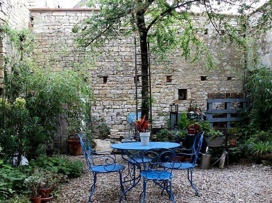 Le patio: Jardin de style  par Atelier d'Ersu & Blanco