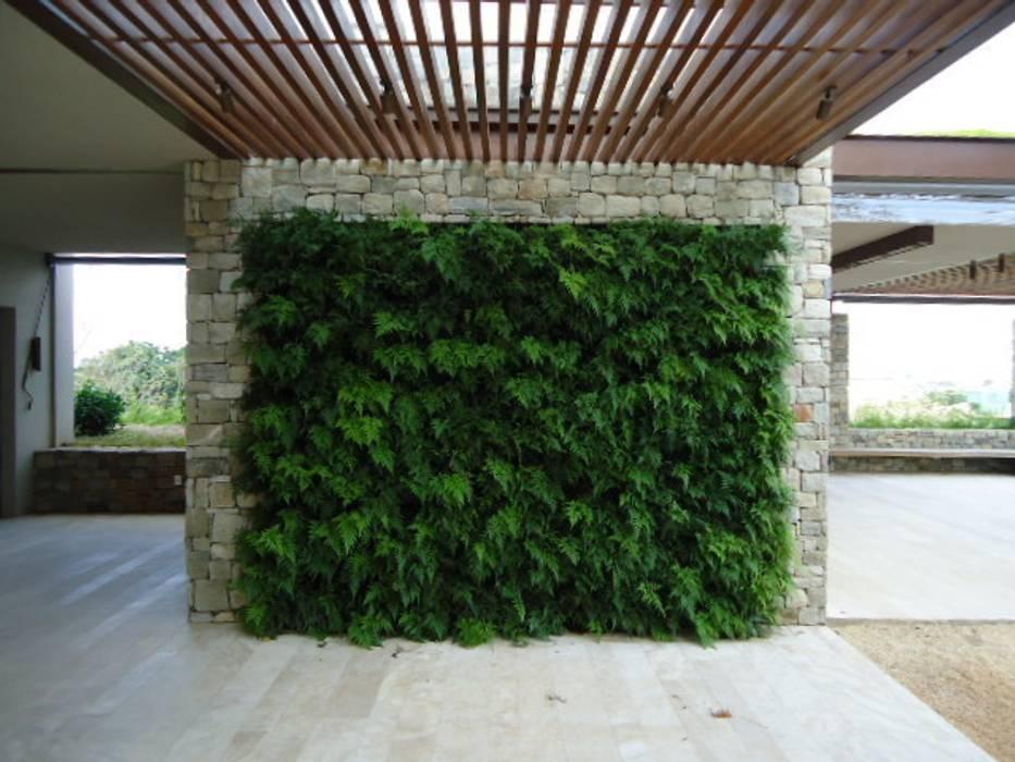 Conservatory by Quadro Vivo Urban Garden Roof & Vertical