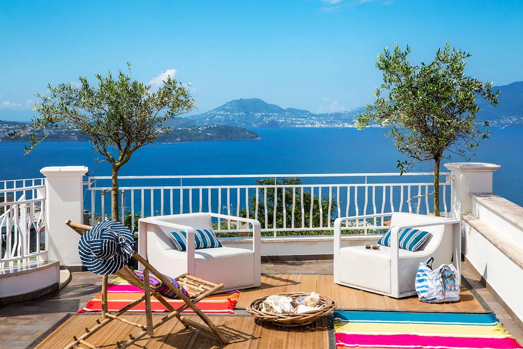 terrazza sul mare Balcone, Veranda & Terrazza in stile mediterraneo di PDV studio di progettazione Mediterraneo