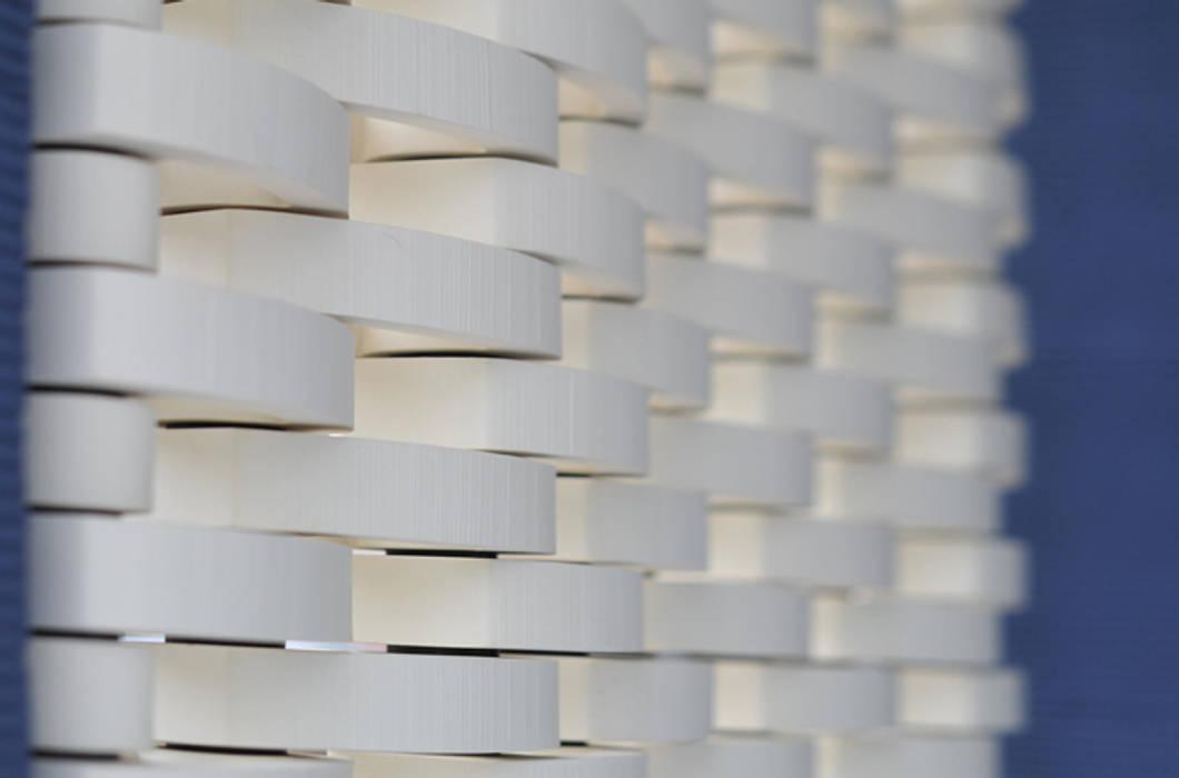 KENZAN tile Ceramic screen: 株式会社 虔山 が手掛けた壁です。