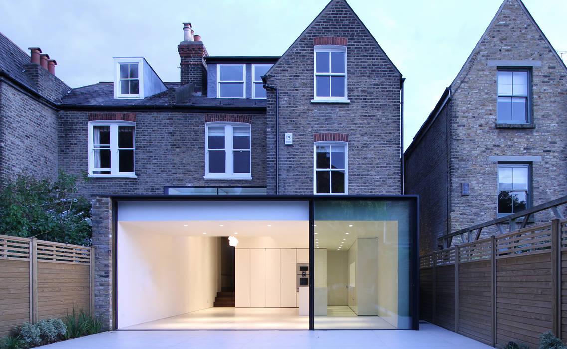 ELMS ROAD LBMVarchitects 現代房屋設計點子、靈感 & 圖片