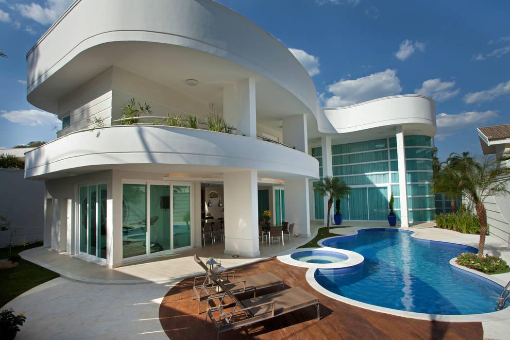 Arquiteto Aquiles Nícolas Kílaris Casas estilo moderno: ideas, arquitectura e imágenes