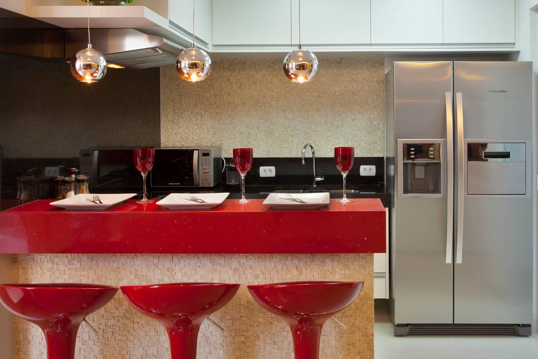 مطبخ تنفيذ Designer de Interiores e Paisagista Iara Kílaris