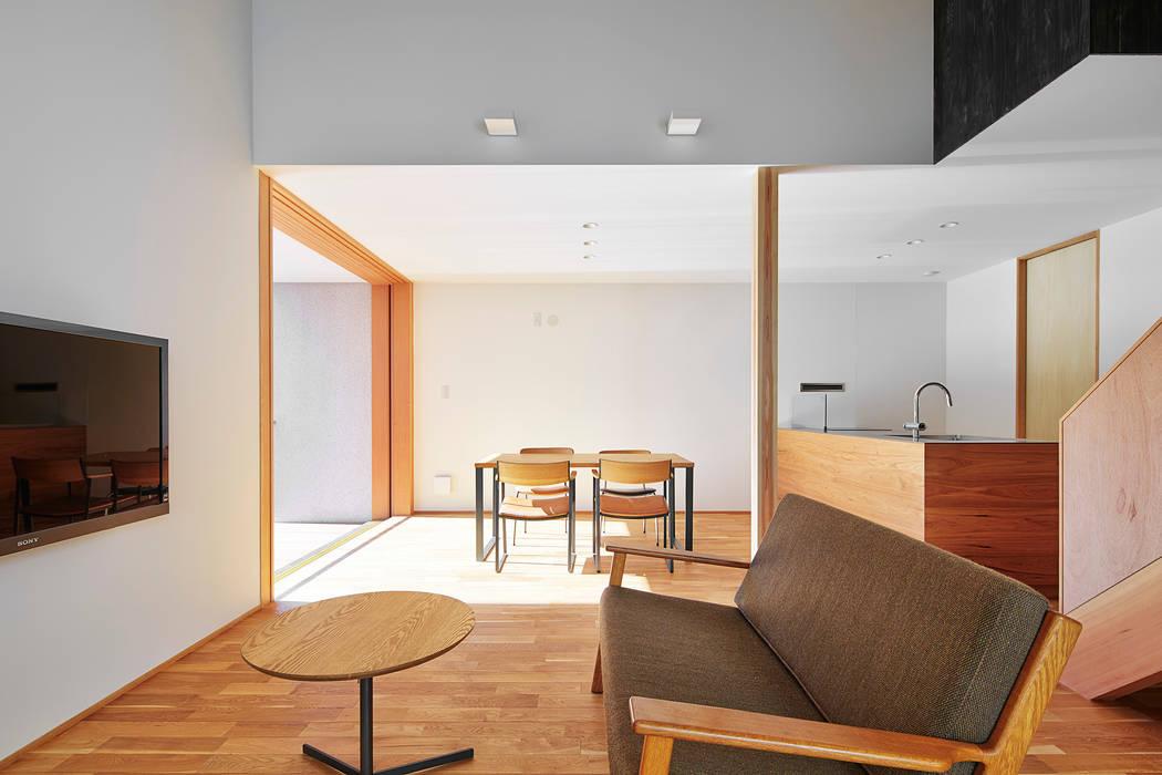リビング: ケンチックス一級建築士事務所が手掛けたリビングです。,モダン