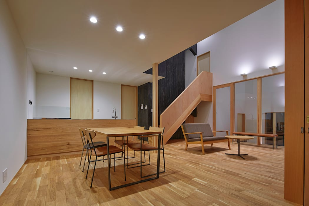 ダイニング モダンデザインの ダイニング の ケンチックス一級建築士事務所 モダン