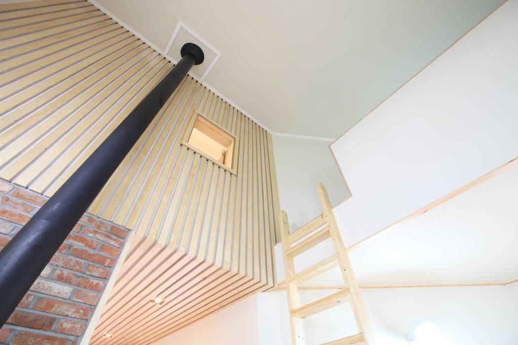 다락과 2층 서재의 조우 모던스타일 아이방 by 주택설계전문 디자인그룹 홈스타일토토 모던