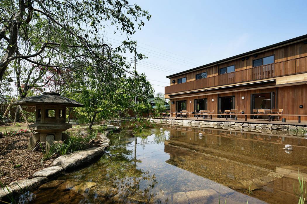 池泉 オリジナルな 庭 の 秦造園 オリジナル