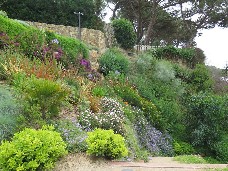 Jardines de estilo mediterraneo por landshaft homify Diseno jardin mediterraneo