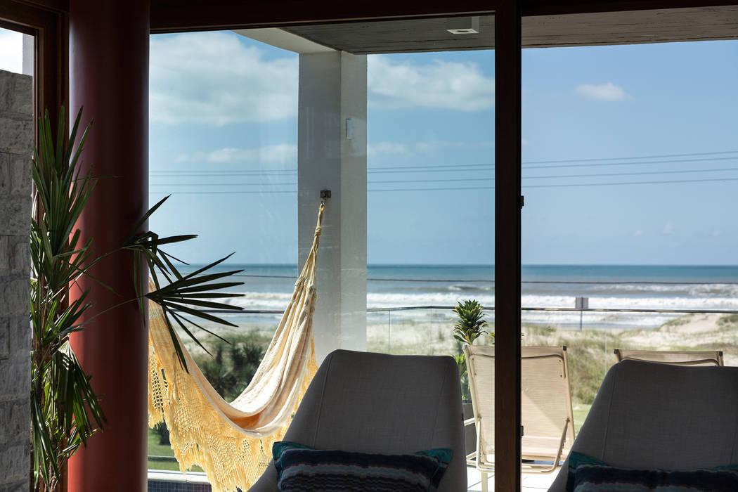 Casa Beira Mar - Seferin Arquitetura: Terraços  por Seferin Arquitetura,Moderno