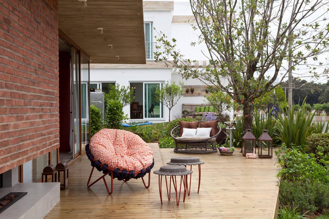 Casa Marítimo - Seferin Arquitetura Varandas, alpendres e terraços modernos por Seferin Arquitetura Moderno