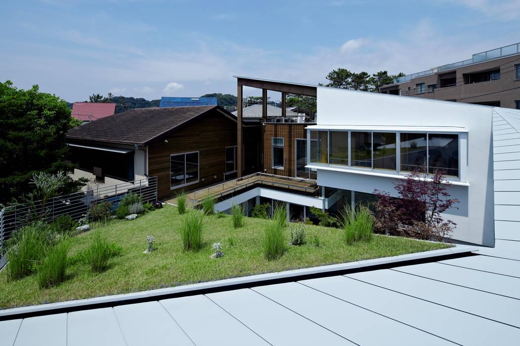 屋根の上からの眺め モダンな 家 の 工藤宏仁建築設計事務所 モダン