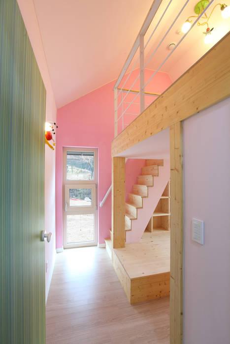 입체적인 구조의 딸아이방 모던스타일 아이방 by 주택설계전문 디자인그룹 홈스타일토토 모던