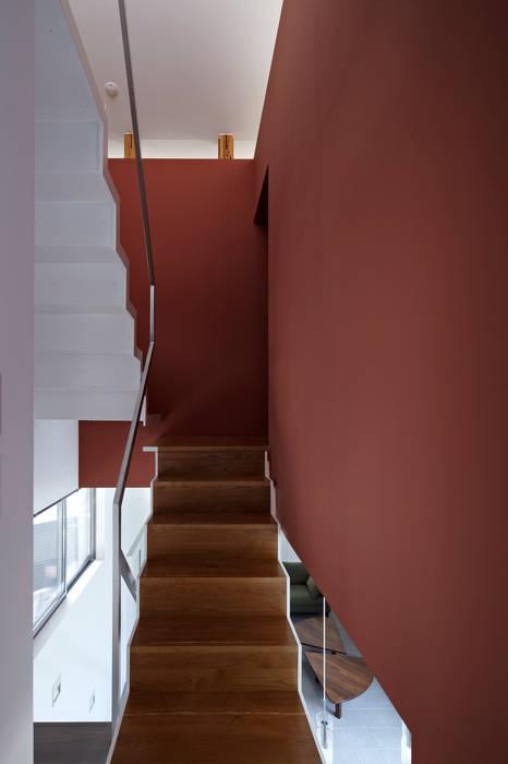 階段 モダンスタイルの 玄関&廊下&階段 の 工藤宏仁建築設計事務所 モダン